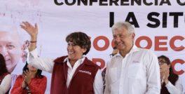 Delfina Gomez a lado de Andres MAnuel Lopez Obrador en la Coalición que Representa la Paz y la Justicia Social despues de Casi 100 Años de Gobiernos Corruptos en el Estado de Méxic